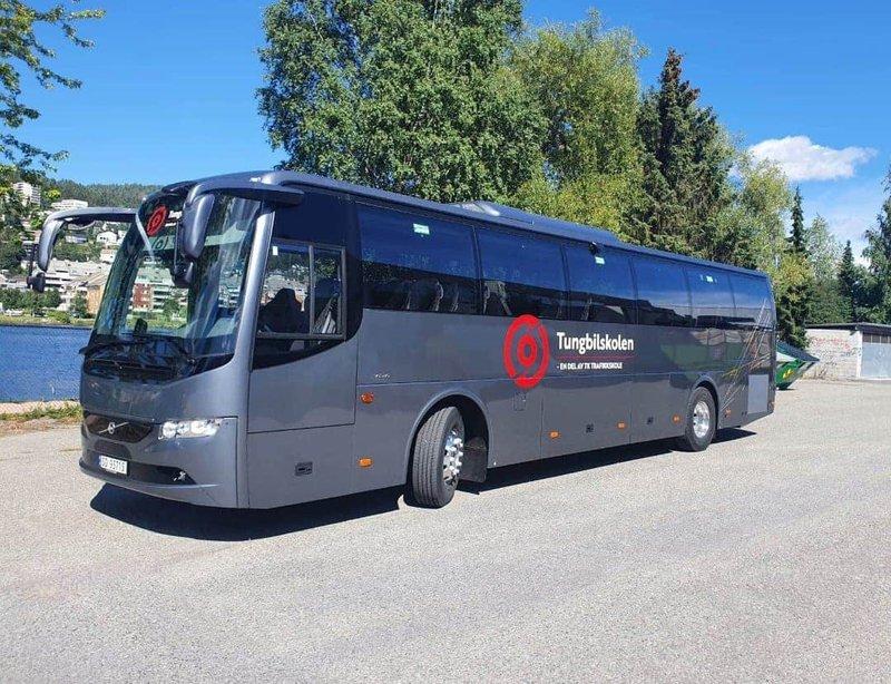 Buss 2020.jpg